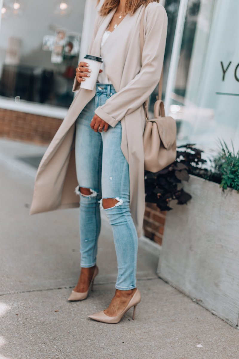 Ripped jeans under $100! Love the wash! @express #expresspartner #ad https://t.co/2QtL07B2bG https://t.co/2IBqfeDYtq