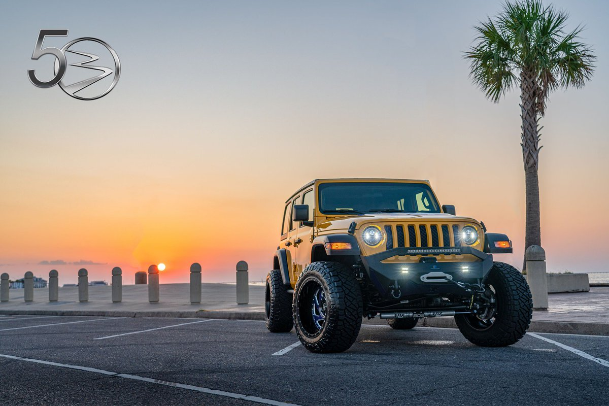 Bergeron Auto Nola On Twitter There S Nothing Like A Jeep Sunset Jeep Wrangler Bergeronauto Nola