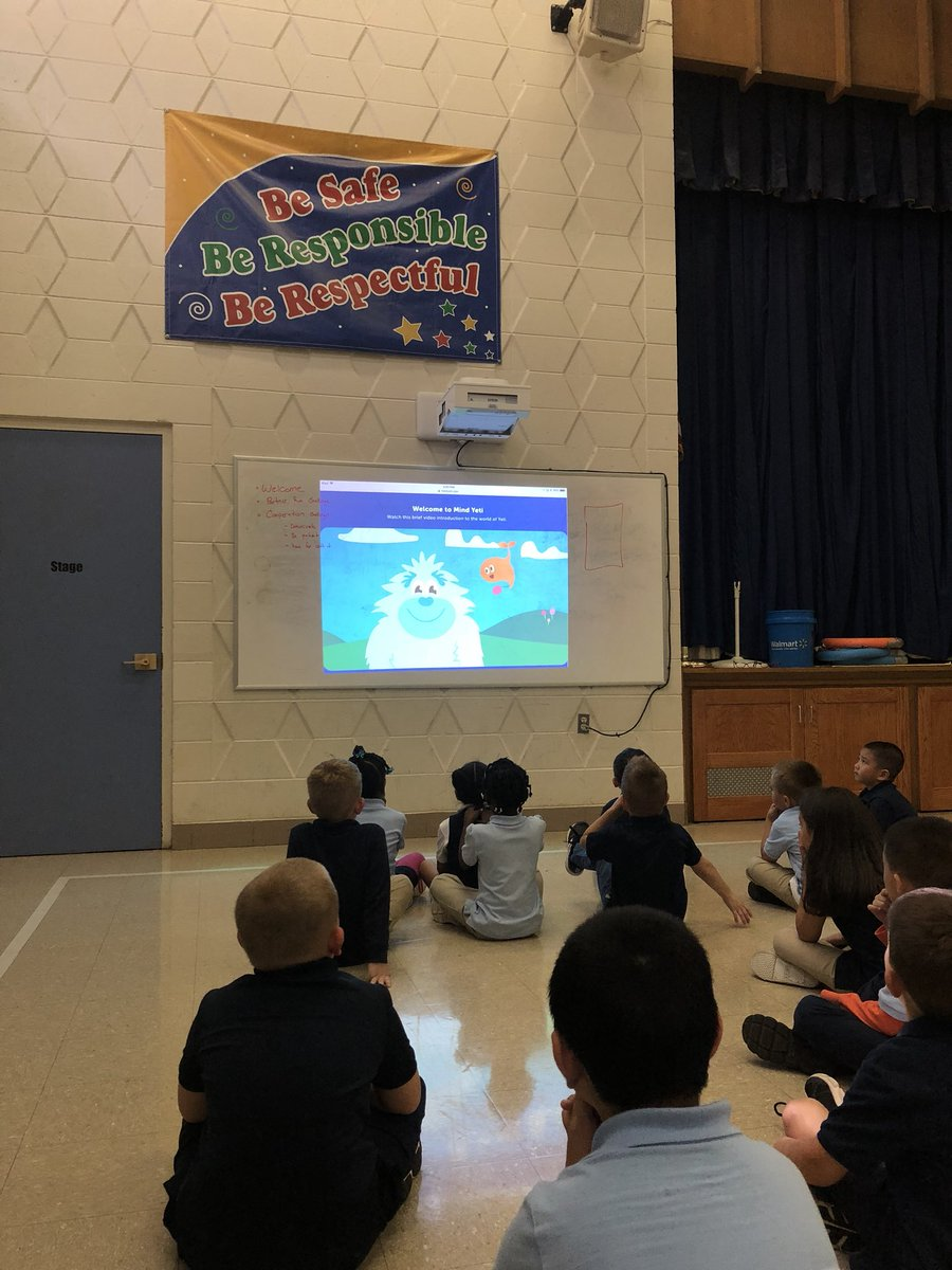 1st grade PE learning about mindfulness to calm down after an exciting PE session! #WeAreNorwich<br>http://pic.twitter.com/48nEMT78At