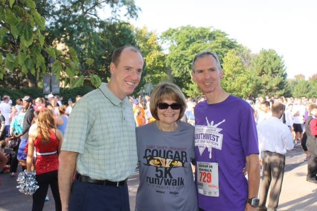 Happy #FlashbackFriday to the @SaintXavier Cougar 5K run back in 2014. I'm looking forward to 5K season starting again and some crisp, fall running weather. Have a great weekend in #IL03! #FBF <br>http://pic.twitter.com/zOgHg0HzmI