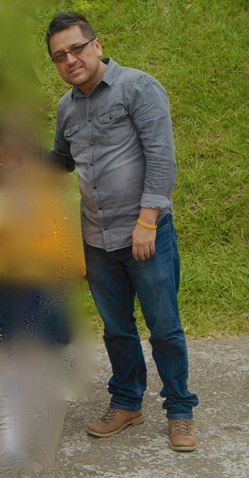 Amigos, mi papá se encuentra desaparecido desde la noche del 10 de septiembre de este año, en la ciudad de Xalapa Veracruz.Me encuentro desesperada, regalenme un RT🥺Cualquier información llamar al 911 o a esta cuenta de twitter.