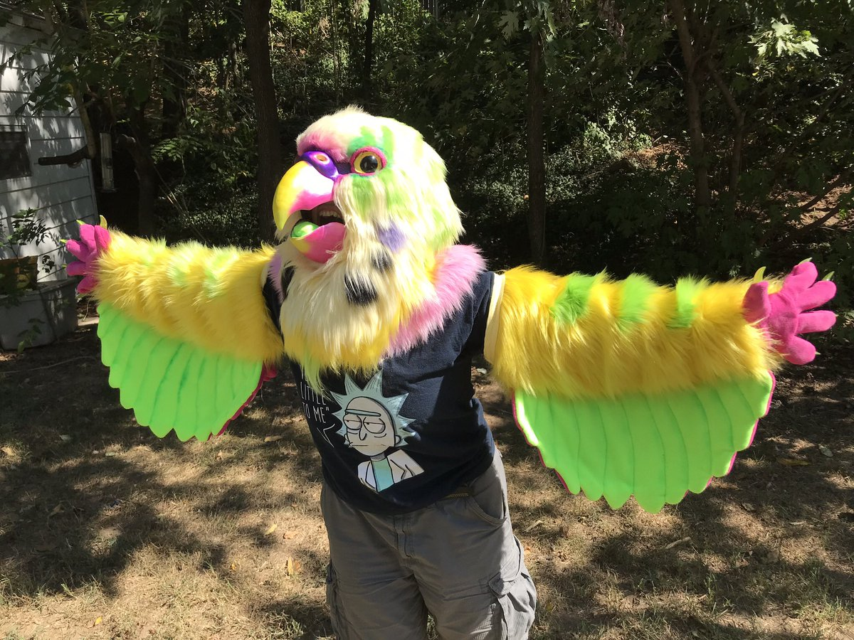 *SCREM* Our quote form is opennnnnnn! Come n gettit!!  http:// Bit.ly/fursuitquotes     <br>http://pic.twitter.com/YfQQb8wzIs