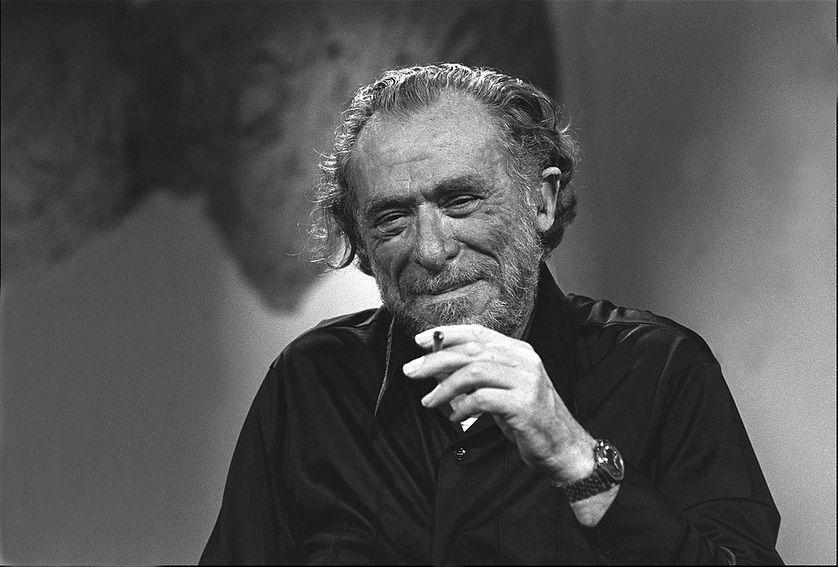 """RT @franceculture Charles Bukowski demeure l'un des auteurs américains les plus marquants de la fin du XXe siècle. """"I'm the poet"""" disait Buk qui publia pas moins d'une quinzaine de recueils, noircit des milliers de pages et ne passa pas un jour sans écrire un poème. https://t.co/GZOv9GQVXp"""