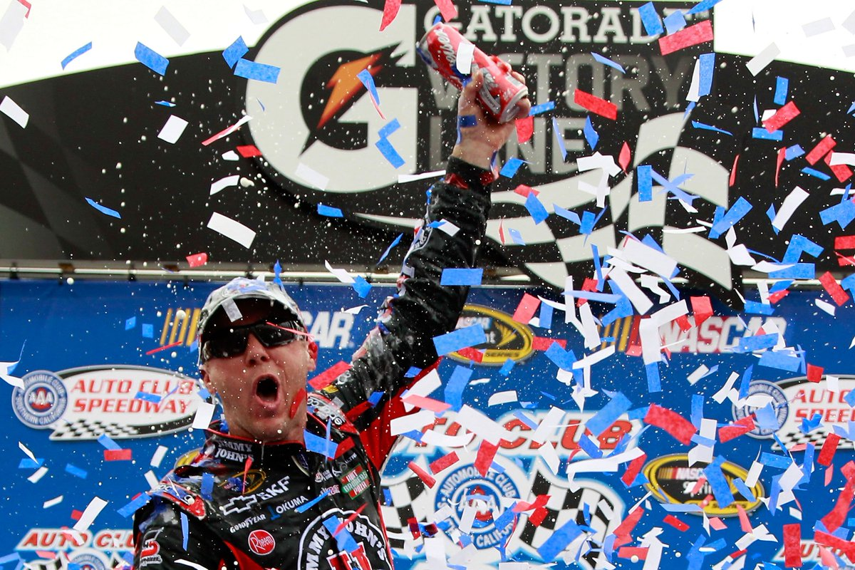 RT @ACSupdates: #FlashbackFriday to 2011 when California driver @KevinHarvick won the #AutoClub400 🏁 https://t.co/nR3Jq6d1ck