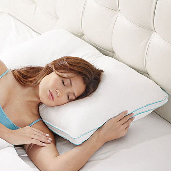 Wake up, sleepyhead! This weekend you can save $10, $20 or $50 on your qualifying purchase online at Brookstone when you use code FLASH SALE. Shown: our dreamy BioSense Memory Foam Pillow with Ultra-Soft Better Than Down Cover. https://t.co/FMRcNRa0vR https://t.co/P5ebD26kvK