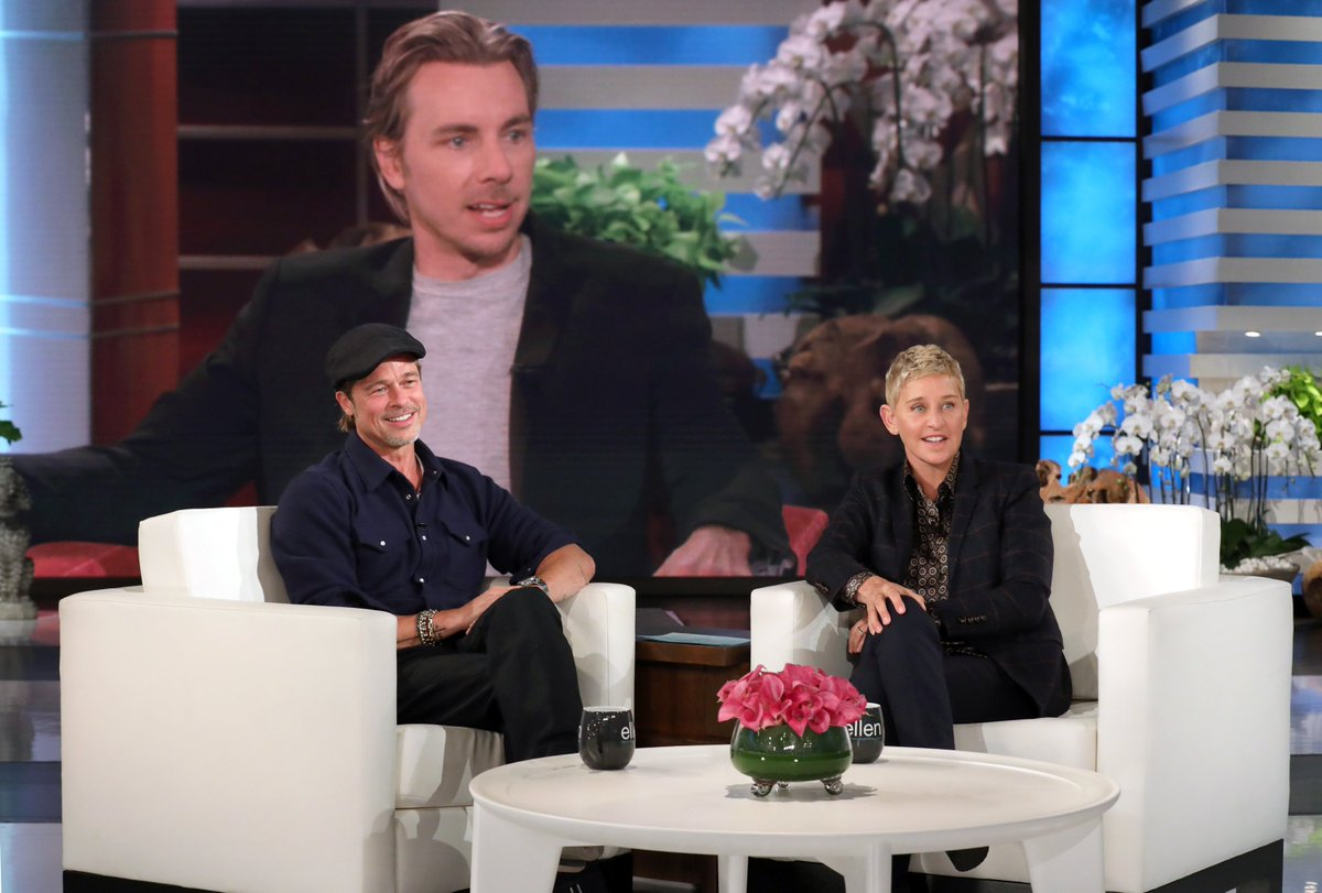 We should all find someone who looks at us the way Brad Pitt looks at @DaxShepard.