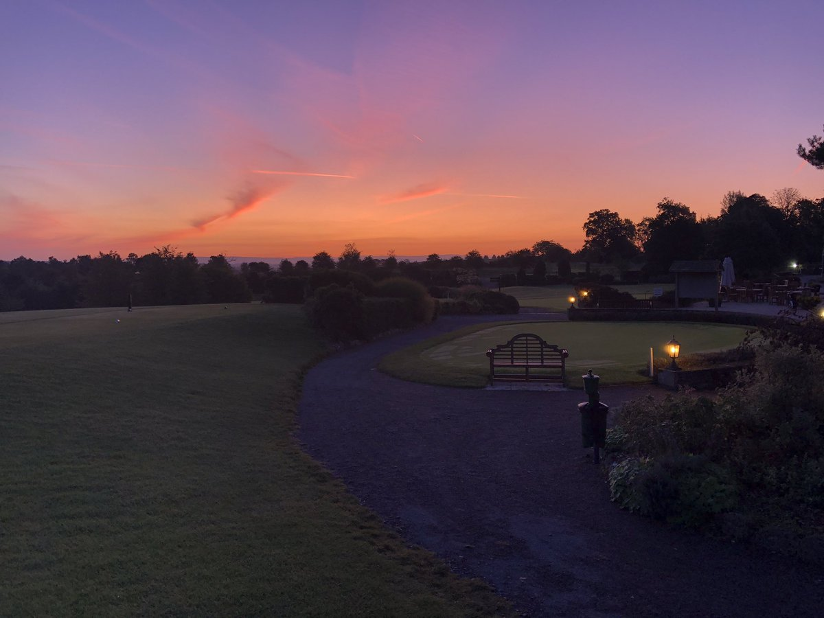 A beautiful sunrise setting up a great weekend of golf 🏌️♂️⛳️ #25years