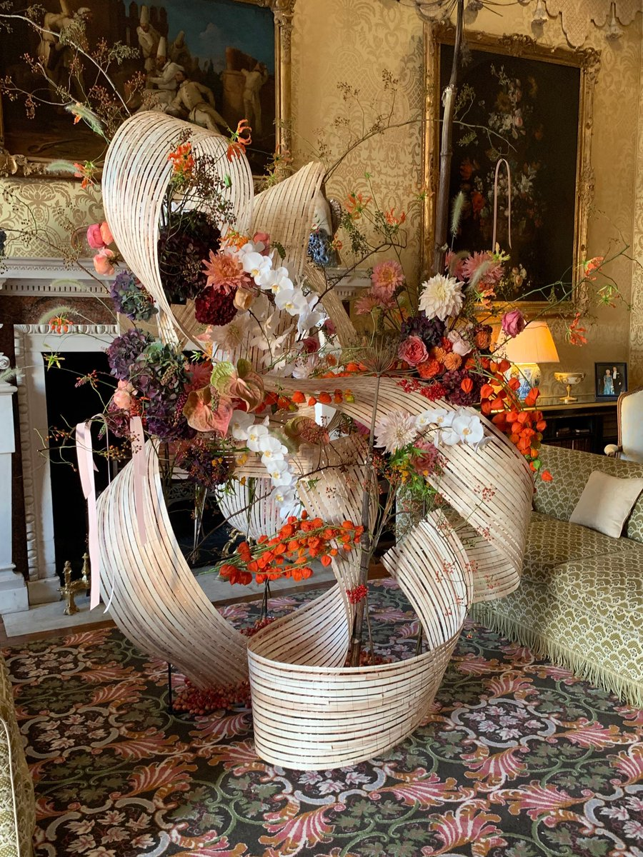 @leedscastleuk  Selection of a few of the lovely displays. How on earth do they keep them watered during the 5 days of the #FlowerFestival <br>http://pic.twitter.com/1yLdKjjERN