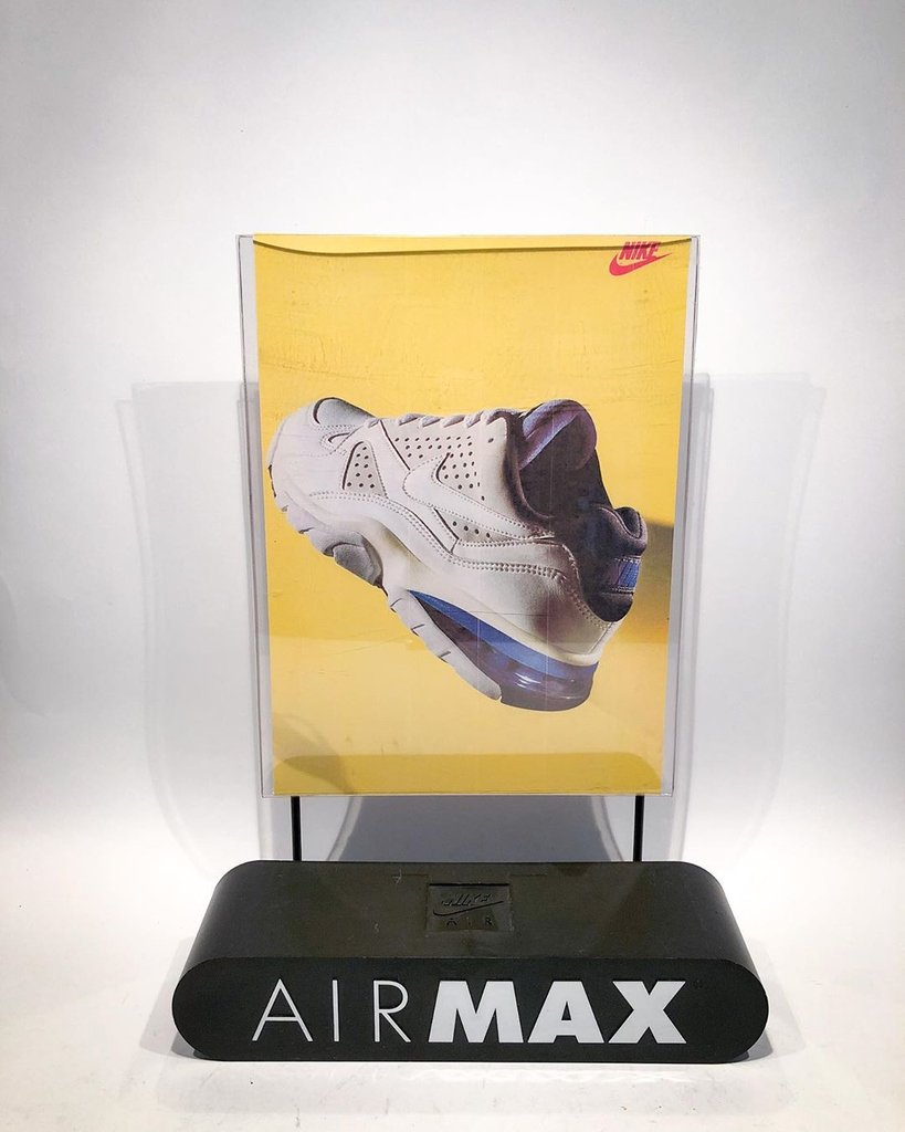Not your usual dose of #SFVintage: @cutch.le.dutch has some Air Max displays from 1992. They're for sale too...
