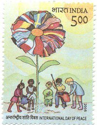 #Thisdaythatyear in #Philately:  On 21.09.2005, #IndiaPost released a commemorative Postage stamp on World Peace Day celebrated every year on 21st September.  Denomination: 500 paise<br>http://pic.twitter.com/SsN4TZ61YC