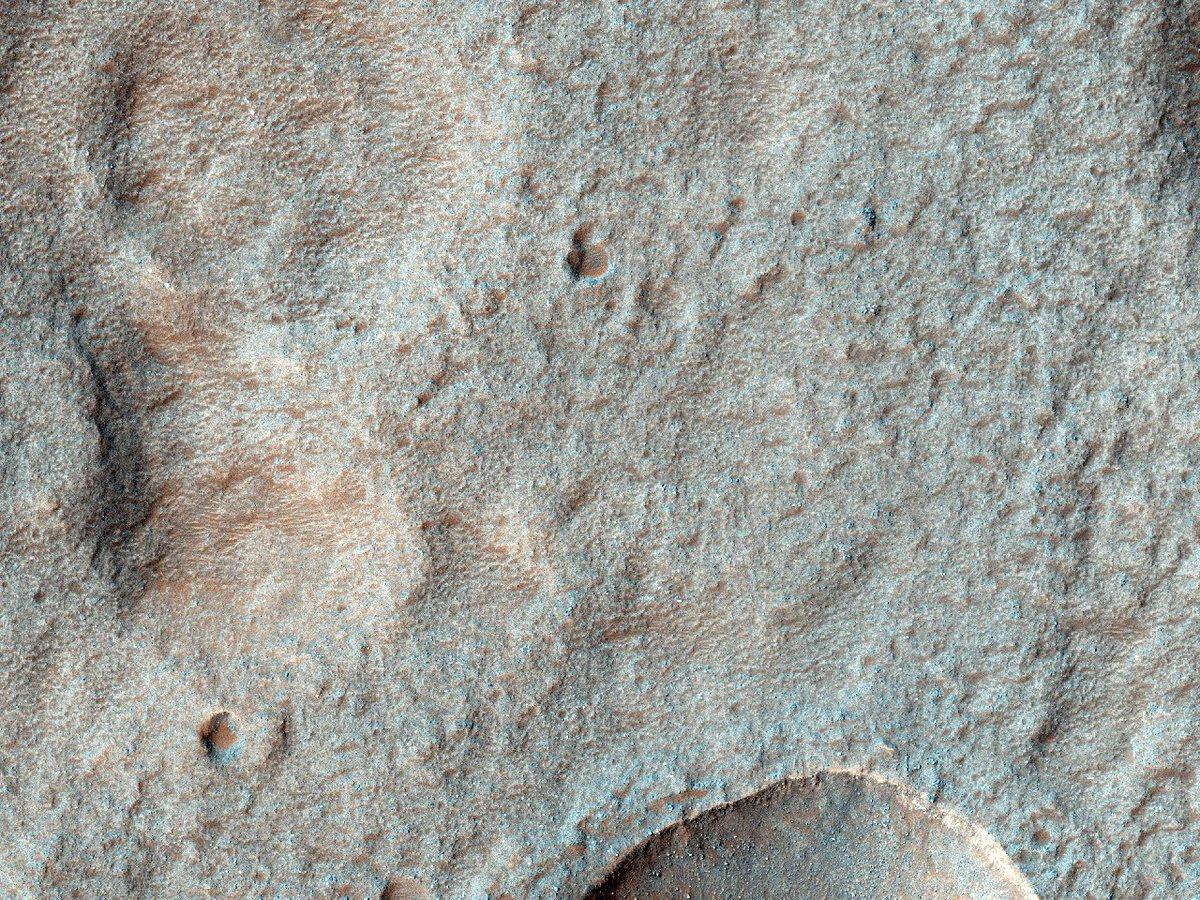 HiPOD 21.09.2019: Potentiële toekomstige landingsplaats in de Terby krater  Nummer: ESP_040311_1520 Opnamedatum: 03 maart 2015  Hoogte: 258 km  NASA/JPL/University of Arizona https://uahirise.org/hipod/nl/ESP_040311_1520… #Mars #NASA #Dutch #Nederlands #astronomie