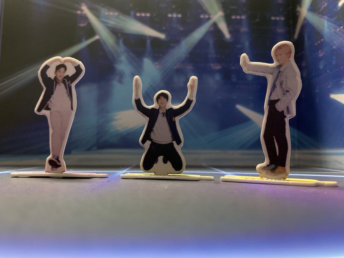 test ツイッターメディア - KRYのステージが観たいな #superjuniorkry  #ちっちゃい  #アクスタ  #seria  #背景ボード https://t.co/C0g0t49fAO