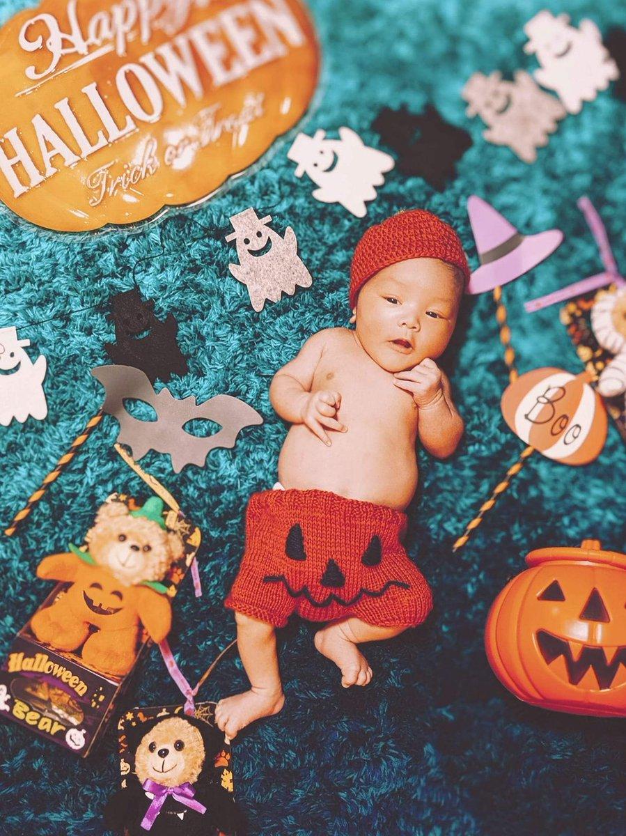 test ツイッターメディア - ダイソーのハロウィングッズで1枚。 服は妻の手作りです。  #ダイソー #Halloween #ハロウィン https://t.co/VqT3UGRhLm
