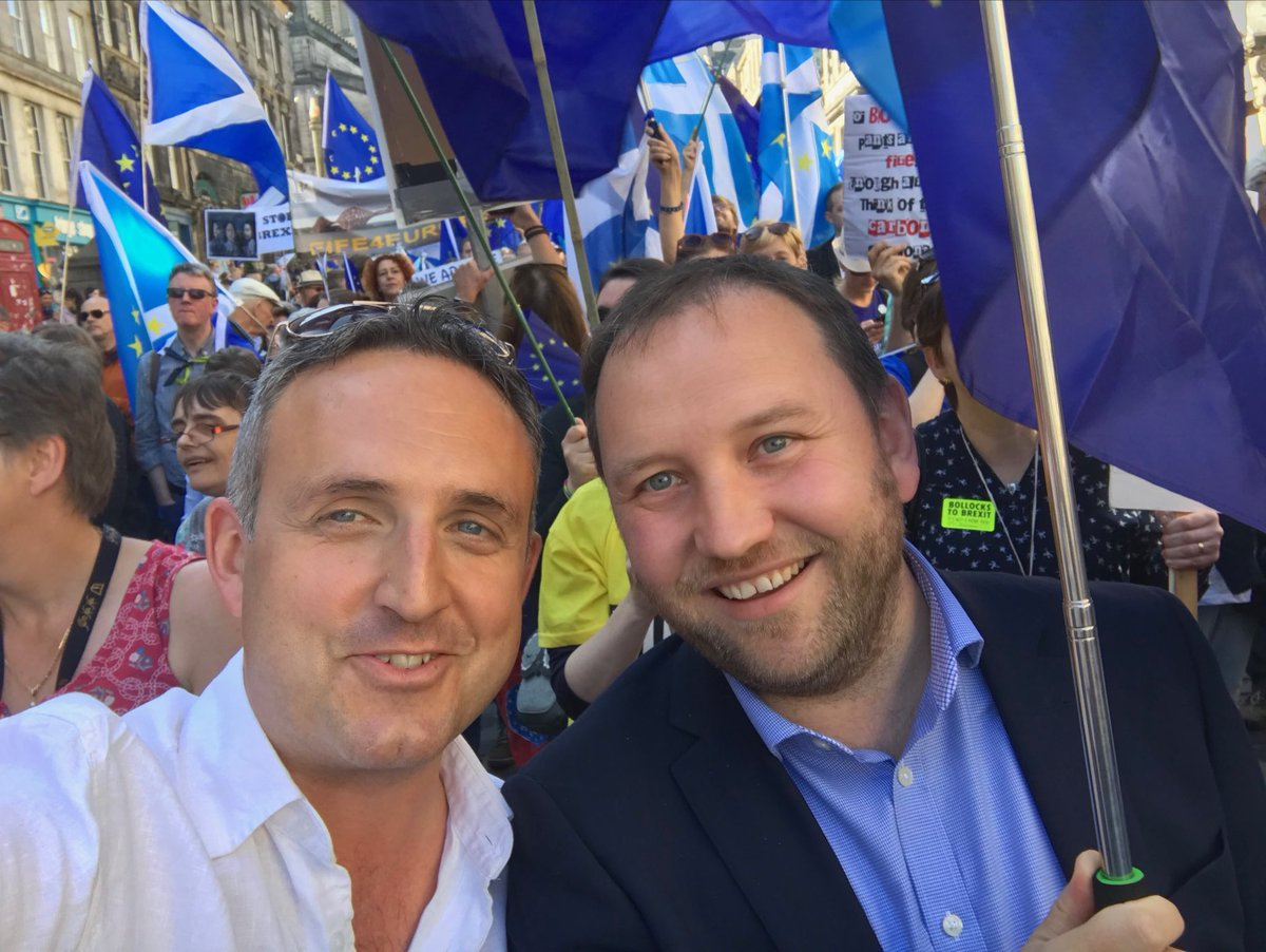 RT @agcolehamilton: Amazing energy from the thousands I had the privilege of speaking to at the #MarchforEurope in Edinburgh, today. Marche…
