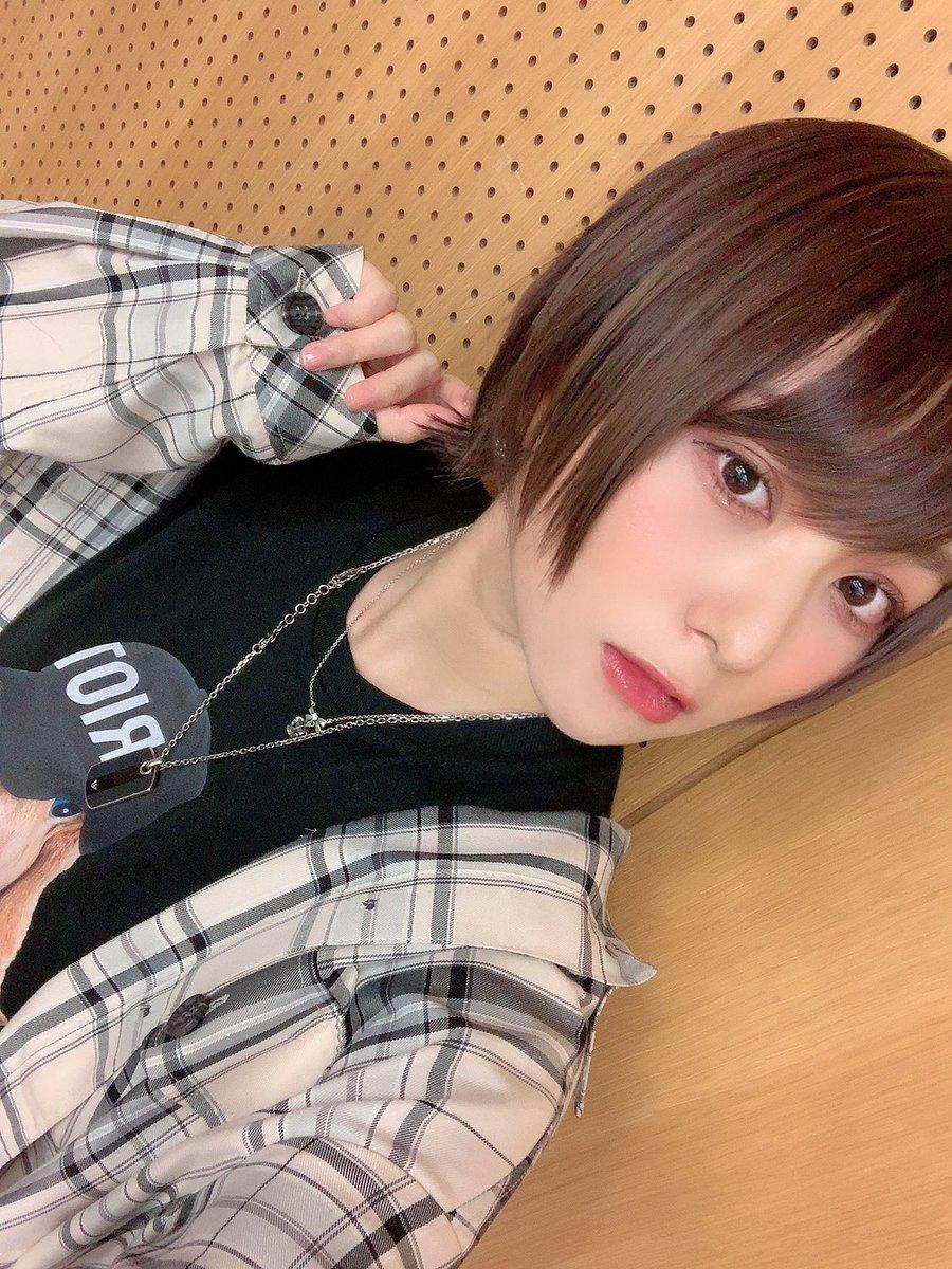 今日は襟足外ハネヘアでした。明日は #Studyワンマン 大阪!!よろしくお願いします!京都で可愛いサイダーのんだよ。!