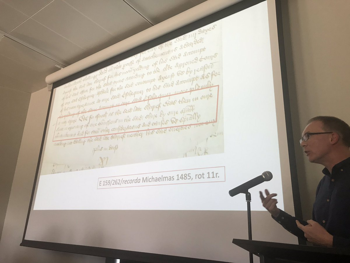 Evidence that Richard III can't trust his sheriff in #Lincolnshire and that Henry VII May have infiltrated his network of government officials! @SeanC1509 @LincolnRecSoc #LincsRoses19 (TNA E159/262, rot. 11r) <br>http://pic.twitter.com/gAniictUNg