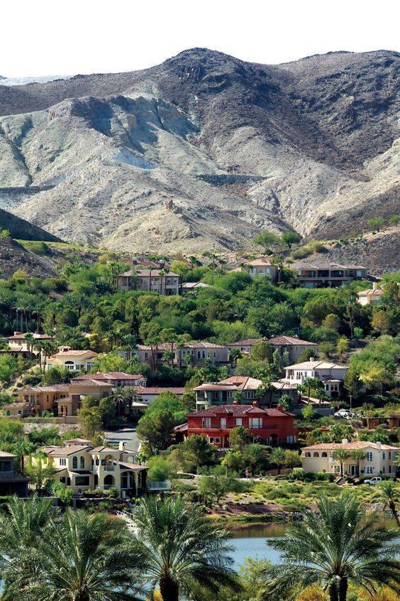 Henderson City in Nevada <br>http://pic.twitter.com/LcLDNEk1B2