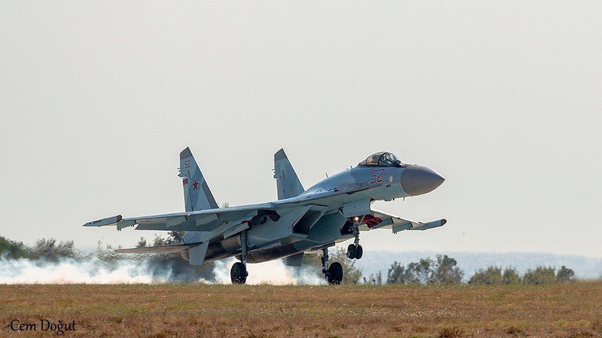 Su-35S: News - Page 30 EEaF-rgXoAAvQbN