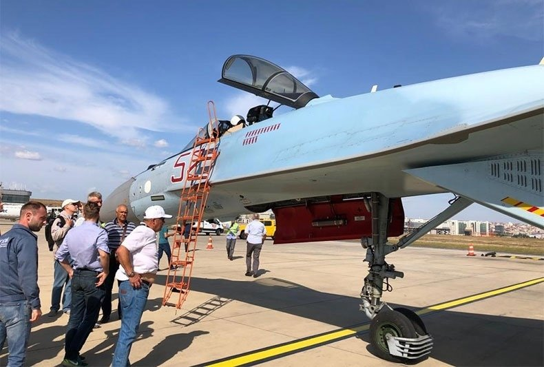 Su-35S: News - Page 30 EEaxrhuXYAAGKgO