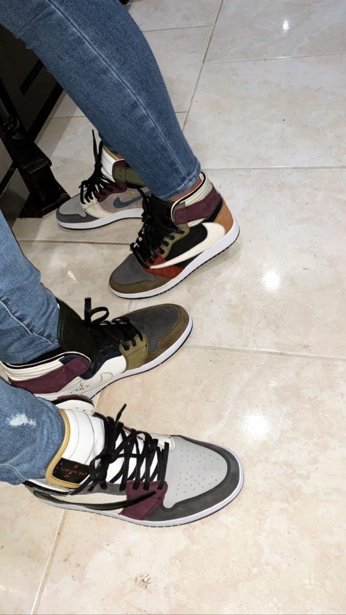 .@obj with some custom  Jordan 1s  <br>http://pic.twitter.com/iaRqzjGUsr