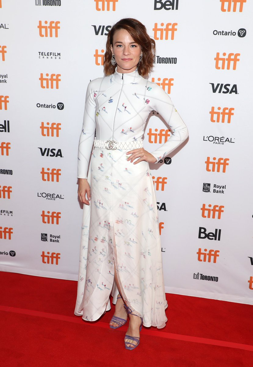 Actress Valerie Pachner stepped out onto the red carpet in a look from the #CHANELFallWinter 2019/20 Ready-to-Wear collection for the premiere of 'A Hidden Life' at this year's Toronto International Film Festival.#CHANELinCinema #TIFF19