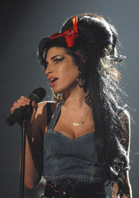 Happy Birthday Amy Winehouse! || Kevin Mazur/WireImage