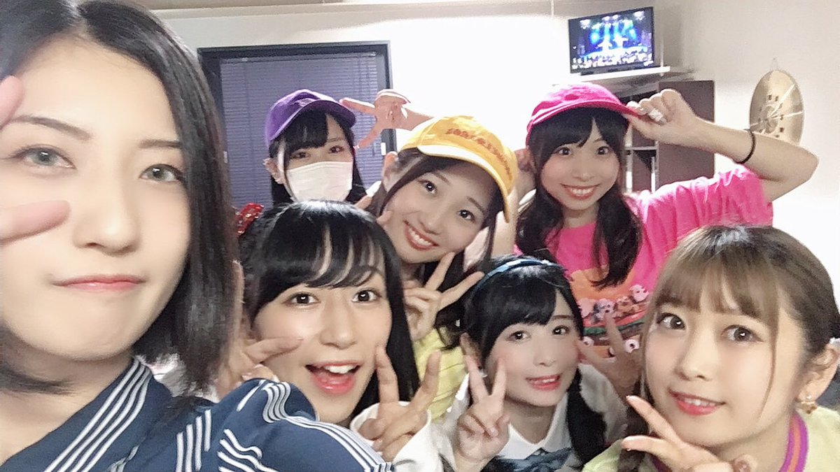 ニコこれツアー北海道おつかれさまでした!!ANIMAる、初披露でした\(°д° )/私以外全員メンバー違うけどw北海道の方達はやっぱりあったかかったー(´ω`_)⌒)_ ))ありがとうございました!!!!