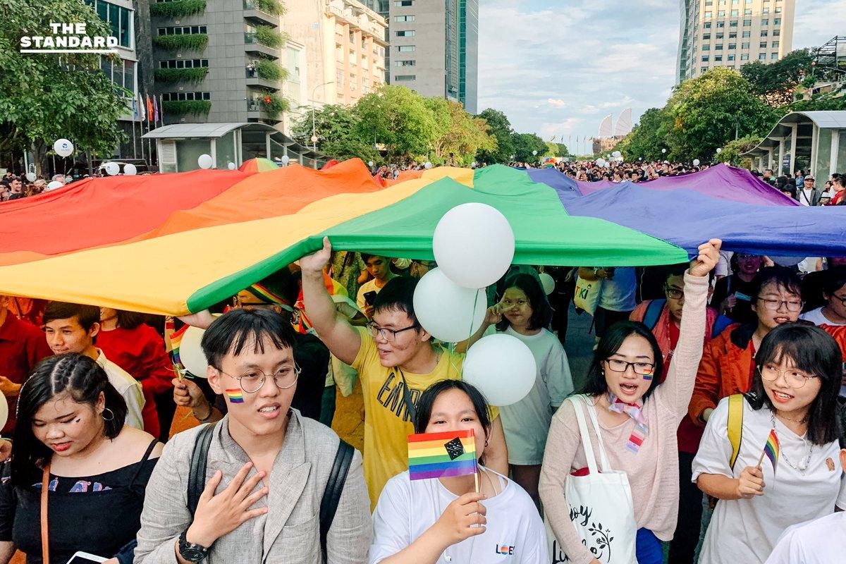 "June Watsamon 🏳️🌈 on Twitter: ""🏳️🌈 #VIETPRIDE 2019 in #HoChiMinh  City, #Vietnam more photo https://t.co/kd7jKuQMTi . . #VietPride2019  #Pride2019 #LGBTQ #OutandProud… https://t.co/f24bPz8JDw"""