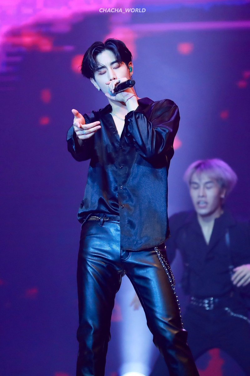 All these leather pants...... Oppa let me live plz................. <br>http://pic.twitter.com/P1s1HnvrDN