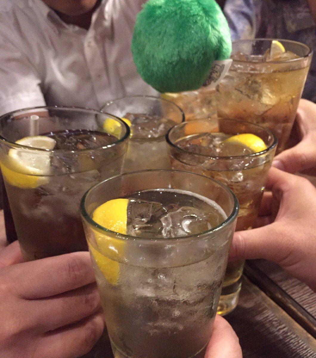 お疲れさマ゛ーーーーーー!とりあえず……ハイボール🍻(みんな成人済み)#ダメラジ #agqr#とりハイ #乾杯#マリモちゃんも乾杯#ダメじゃない乾杯#イベント内でやり忘れた乾杯#皆はダメじゃないグラスで乾杯を