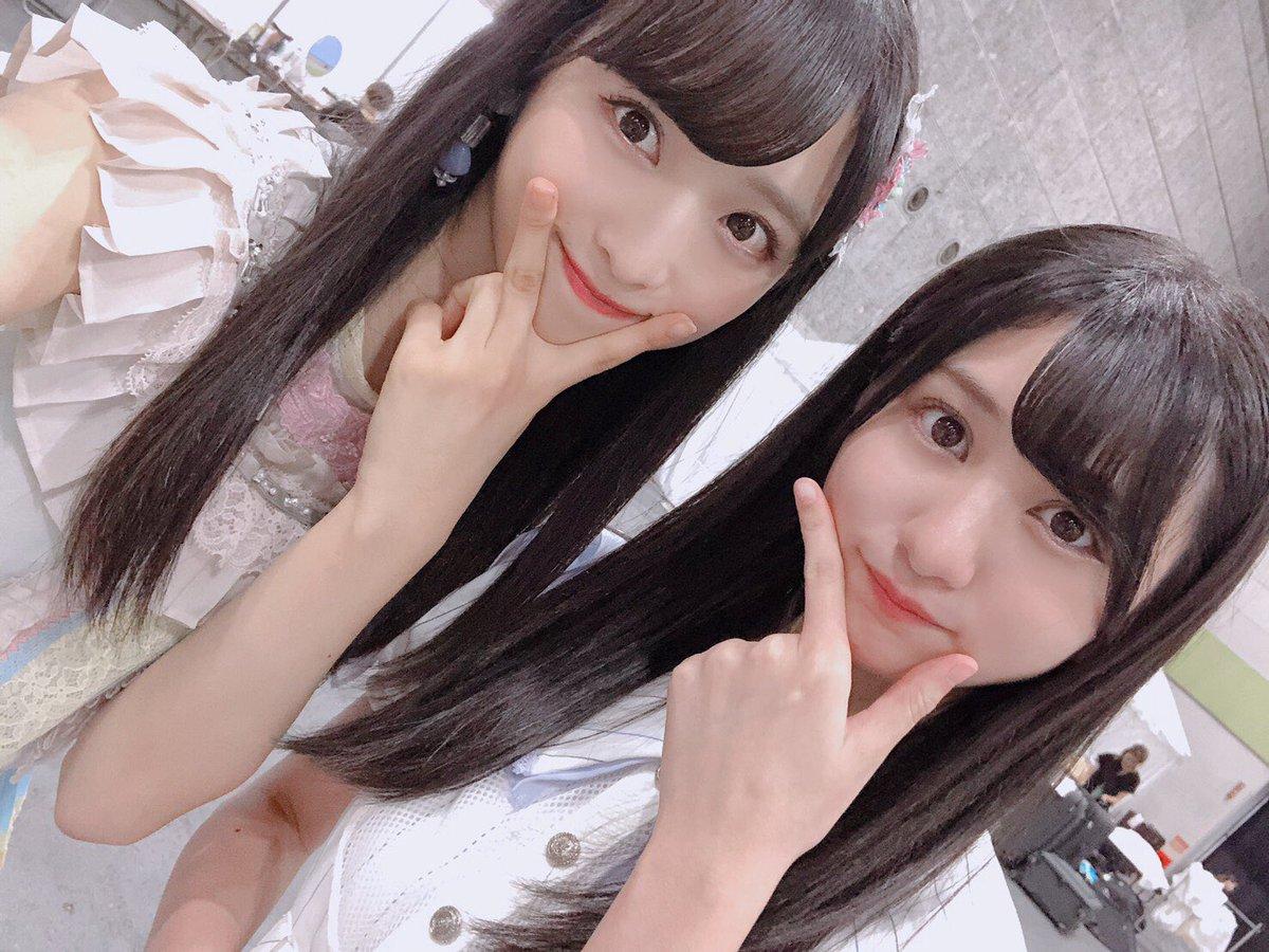 今日は、大阪でAKB48とSTU48の合同全握でした〜!ステージでは、STUメンバーとユニットしたりして交流も出来て良かったです💙😊楽しかったな〜!同じレーンだったここあちゃんとまりーなちゃん💓#AKB48#STU48#全国握手会