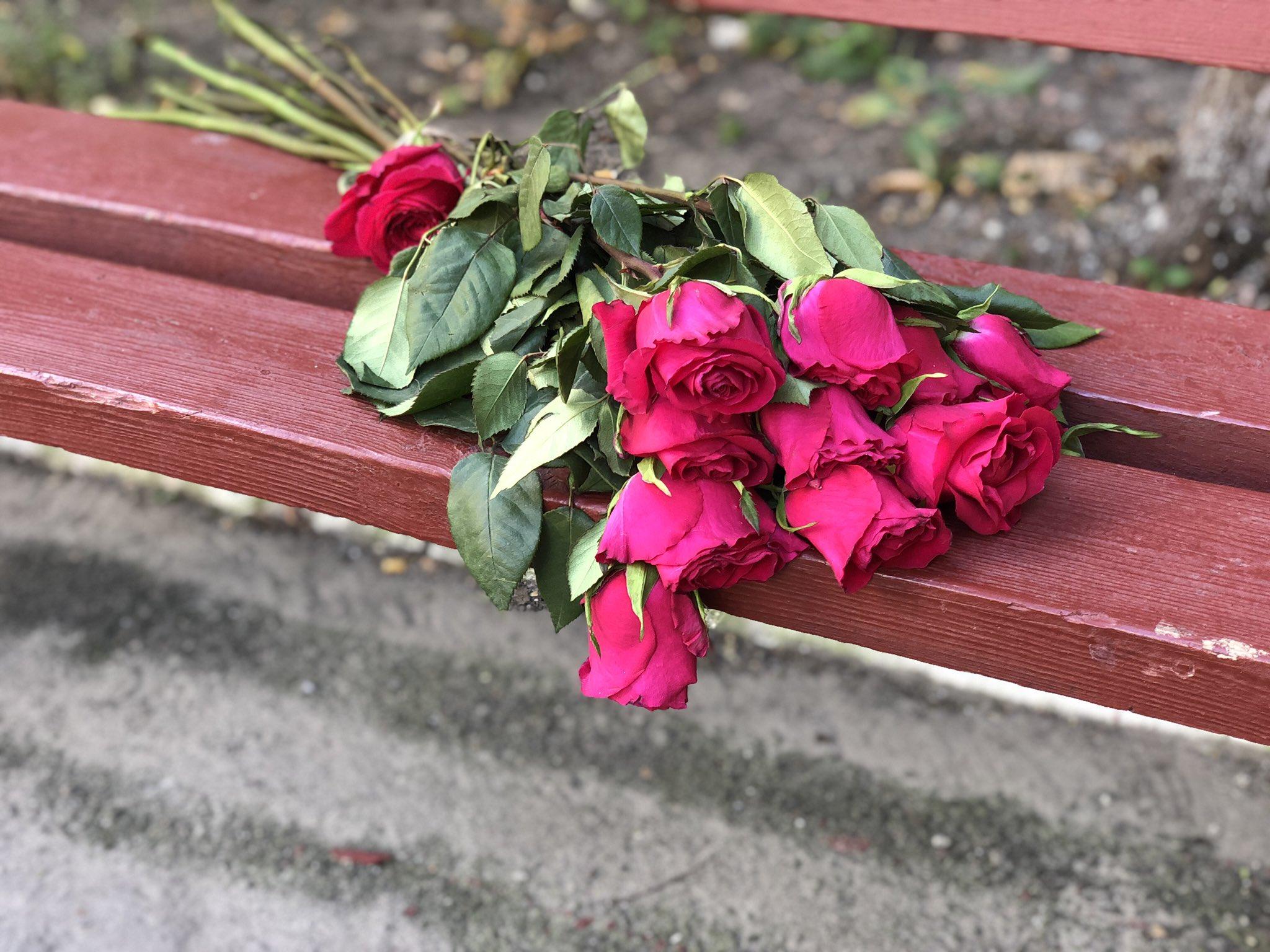 этого цветы на скамейке фото оговорюсь описать этот