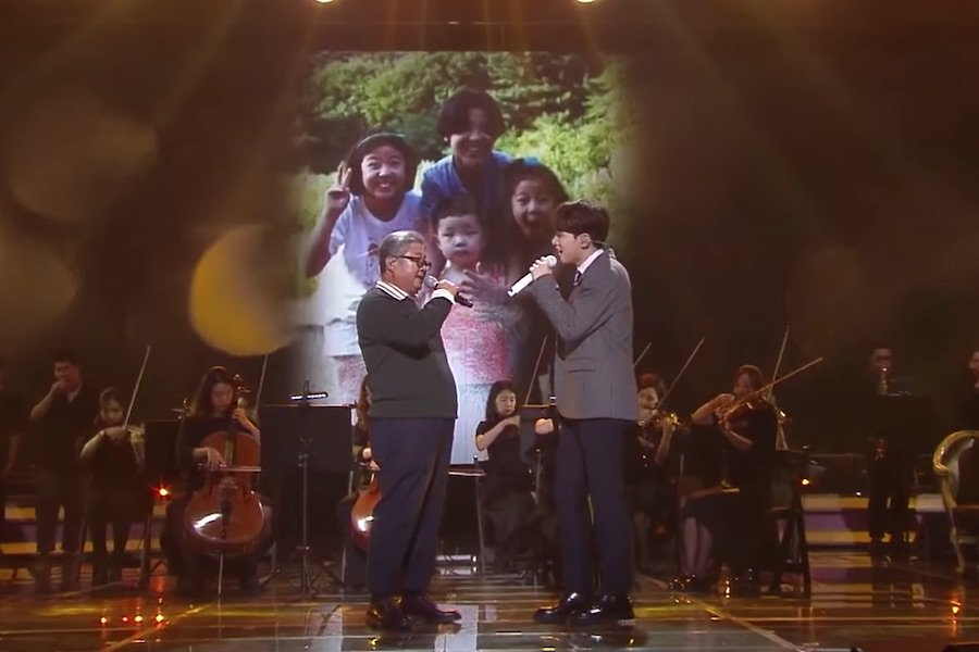 """WATCH: #NFlying's Yoo Hwe Seung Shares Emotional Performance With His Father On """"Immortal Songs""""  https://www. soompi.com/article/135240 8wpp/watch-n-flyings-yoo-hwe-seung-emotional-performance-father-immortal-songs  … <br>http://pic.twitter.com/lcoLgGgsW2"""