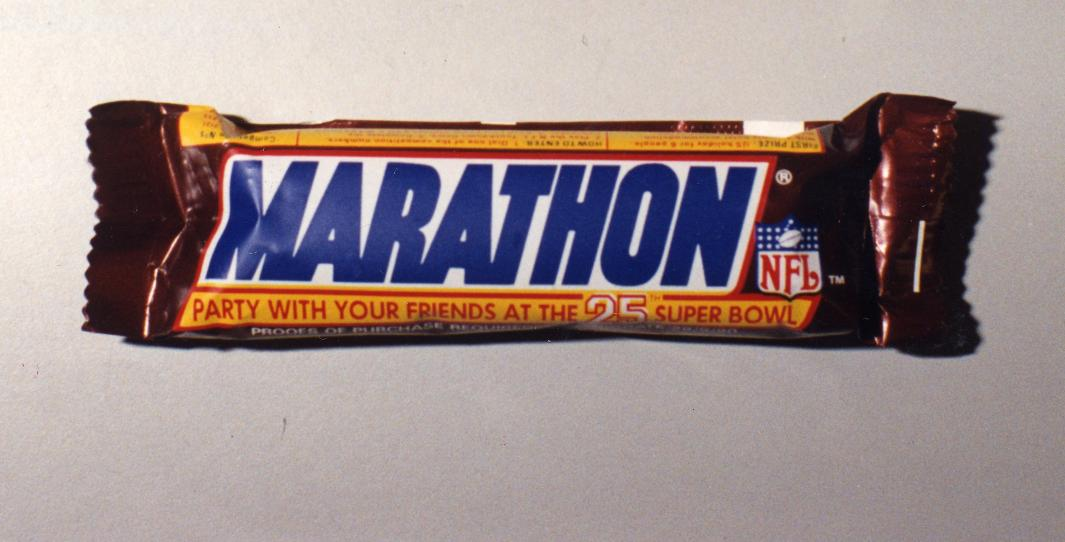Snickers announces it's changing its name back to Marathon after nearly 30 years   https://www. mirror.co.uk/news/uk-news/s nickers-announces-its-changing-name-20062423  … <br>http://pic.twitter.com/mHY6NYT8Wg