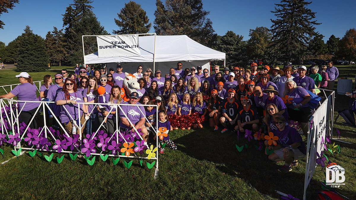 Tomorrow's all about the orange & blue. But today we're all about the 💜 as we #Walk2EndAlz.