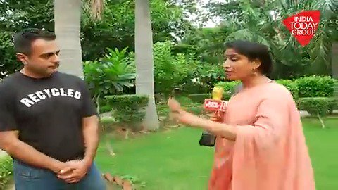 #Safaigiri is not just about keeping your surroundings clean, it is also about #wastemanagement and separating your waste before putting it in the bin. Environmentalist Manik Thapar explains how in this video.#ReporterDiary (@Geeta_Mohan)#Safaigiri19https://bit.ly/2mbOy9b