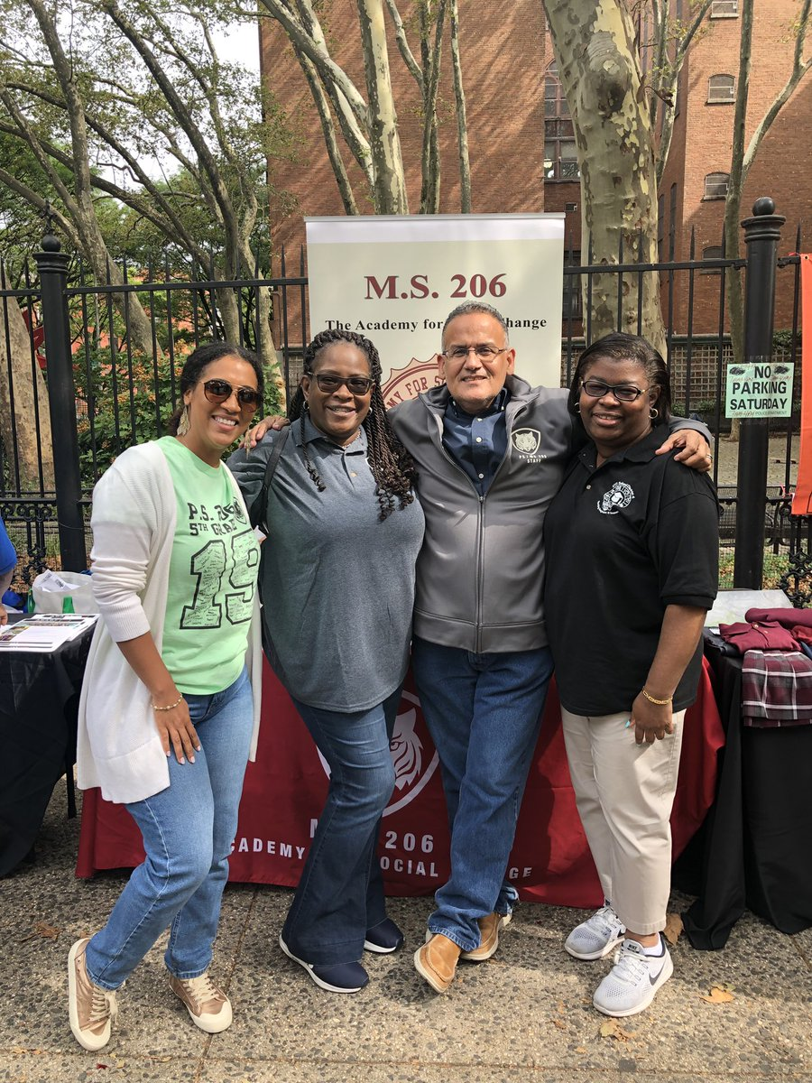 The Annual District 4 Back to School Festival is a true celebration of East Harlem while providing resources and support to our families! Meet some of our community members. @aestrel3 #ChampionsforChildren #SparkingImagination4Innovation https://t.co/n3SI3SSTyY