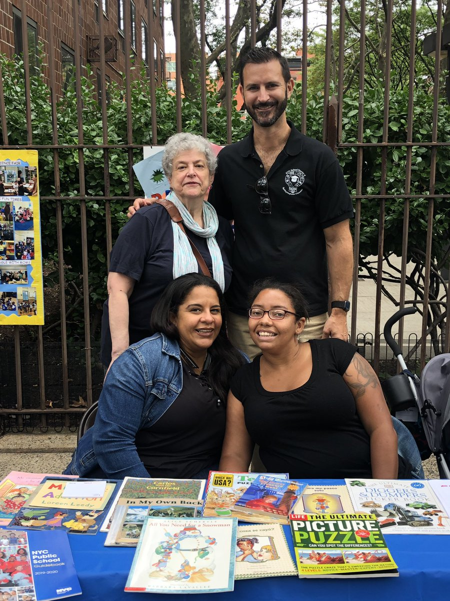 The Annual District 4 Back to School Festival is a true celebration of East Harlem while providing resources and support to our families! Meet some of our community members. @aestrel3 @cec4eastharlem @UFT #ChampionsforChildren #SparkingImagination4Innovation https://t.co/ld5QzHgFSq