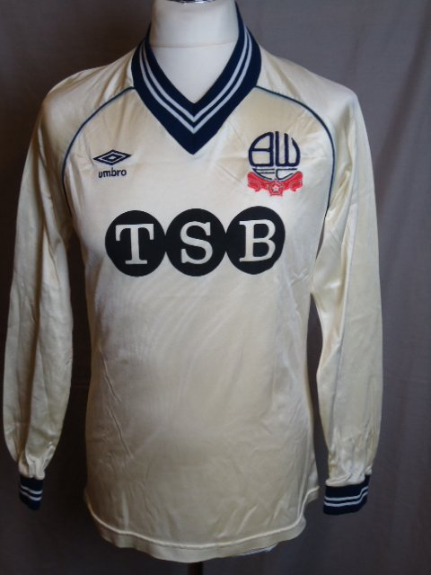 proper football, proper vintage after 15 days of @admiral1914 , September is a month of @umbro each day a different teams @UmbroUK will be depicted of shirts Ive handled over the past 20 years final 5 days will be my faves DAY 14 @OfficialBWFC #boltonwanderers 80s PLAYER