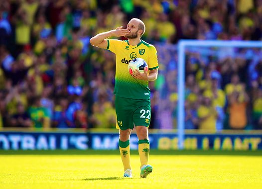 Teemu Pukki this season:   5 Games  2 Caps  8 Goals  2 Assists    Goal vs Liverpool  Goal vs Chelsea  Goal vs Man City   Winning Goal vs Greece  Equalising Goal vs Italy   @PremierLeague POTM   Unstoppable form. <br>http://pic.twitter.com/4zLjQ8Y6p8