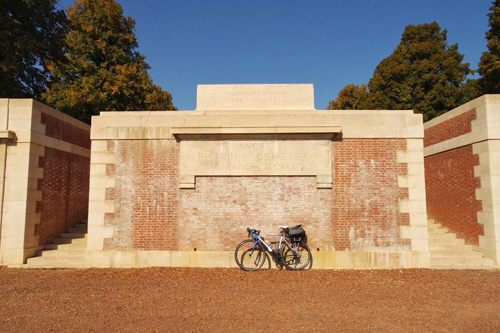 Ancre British Cemetery. #ww1 <br>http://pic.twitter.com/9JBfDuNAdA