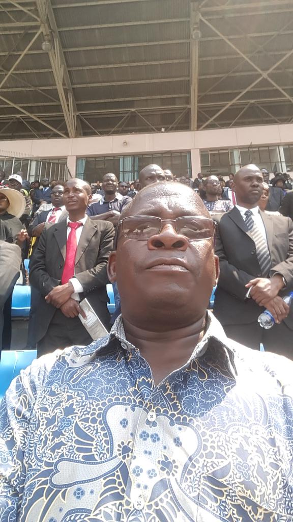 At National Sports Stadium,giving our last respect to the founding President RGM.Surprisingly,no T Shirts or posters by Gvt in honour of RGM.A clear sabotage by ZPF which chose to dish out ED tshirts.Visitors were left with no doubt that ED haana vanhu. <br>http://pic.twitter.com/gOUjsDHfQC