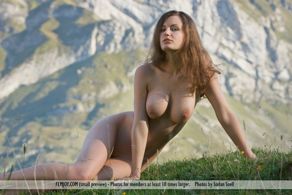Outdoors Outdoor Beauties Tania Sunny Day In The Dunes Hig Hd-easyporn 1