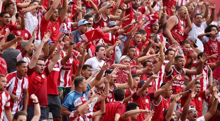 CBF mantém data e Náutico inicia vendas para jogo com Juventude