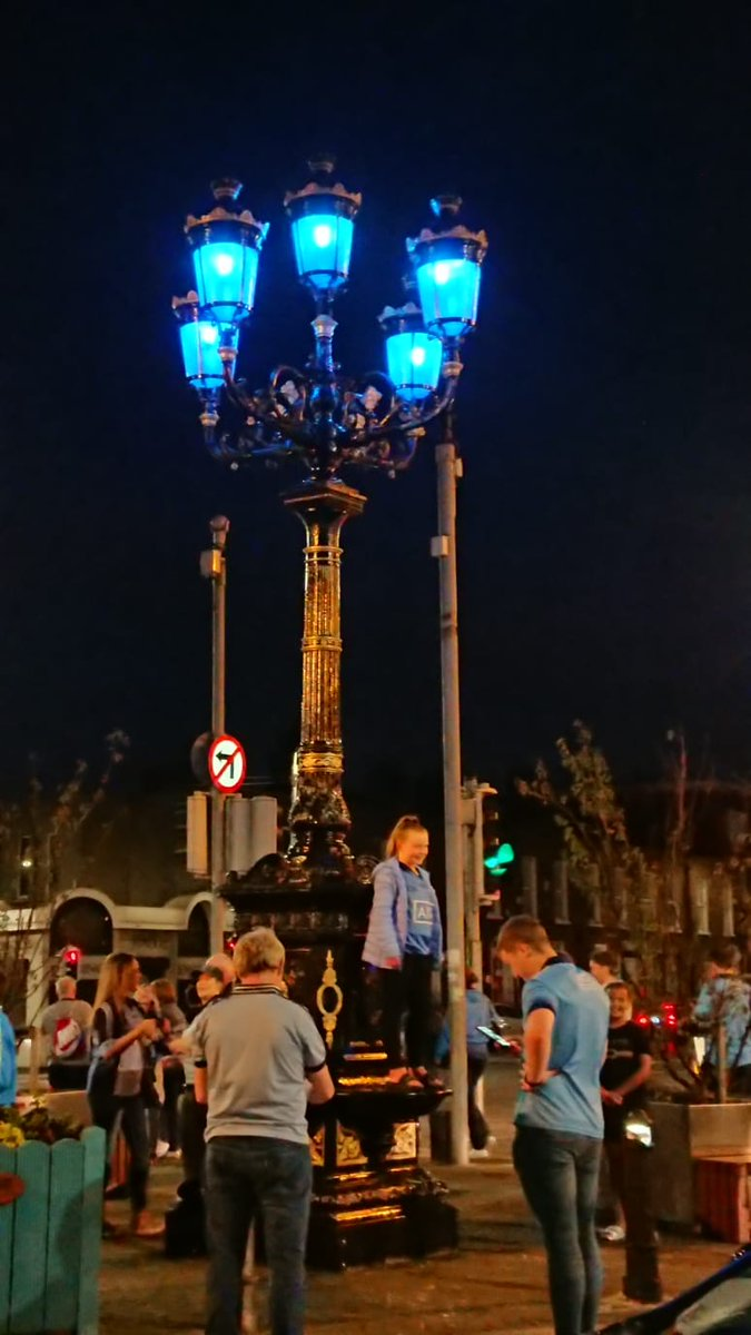 The 5 lamps have been lit! #5inarow #DUBvKER   📸 by @davesoilse
