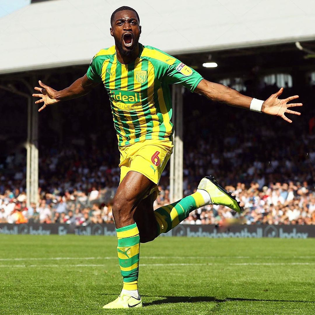 Semi Ajayi got his first West Brom goal today to help his side earn a point vs. Fulham at Craven Cottage.  That's the defender's 17th career goal.  Super Impressive!<br>http://pic.twitter.com/xx4AWcKjEk