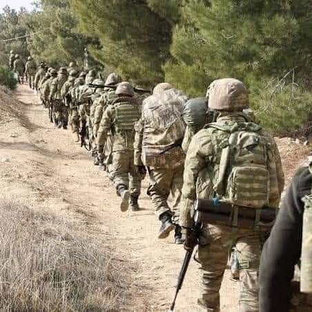 What do you know about the Gorgor [Falcon] ParaCommando Brigade of the #SomaliNationalArmy? - They are trained as both Air Assault Paratroopers And also as Advanced Infantry Commando's #Somali soldiers are consistently the best performing units trained by the turkish army<br>http://pic.twitter.com/IgINU3YveU