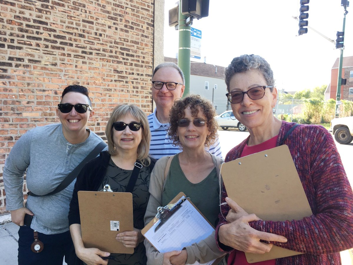All in for Marie Newman - here's Indivisible Chicago-South Side out in #IL03 on Saturday, gathering signatures to get @Marie4Congress on the ballot. We're proud to endorse Marie Newman for Congress!<br>http://pic.twitter.com/RpiUvyc8OX