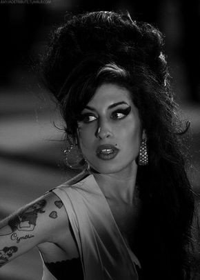 Also its amy winehouse\s birthday today so happy birthday to my queen wish i could know you better