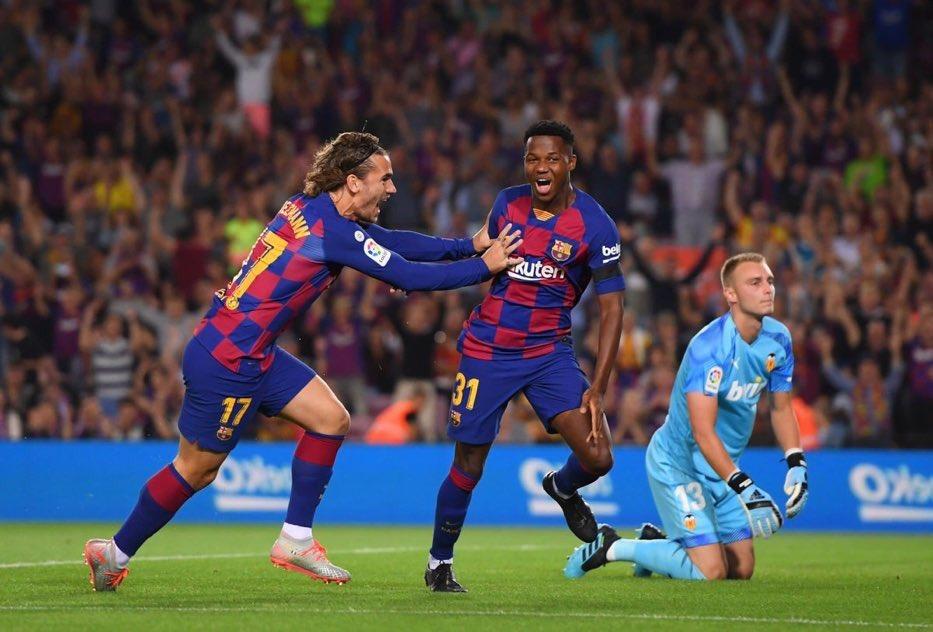 Valverde félicite le jeune Fati